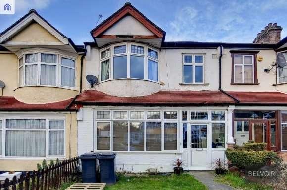 3 Bedrooms Property for sale in Upper Elmers End Road, Beckenham