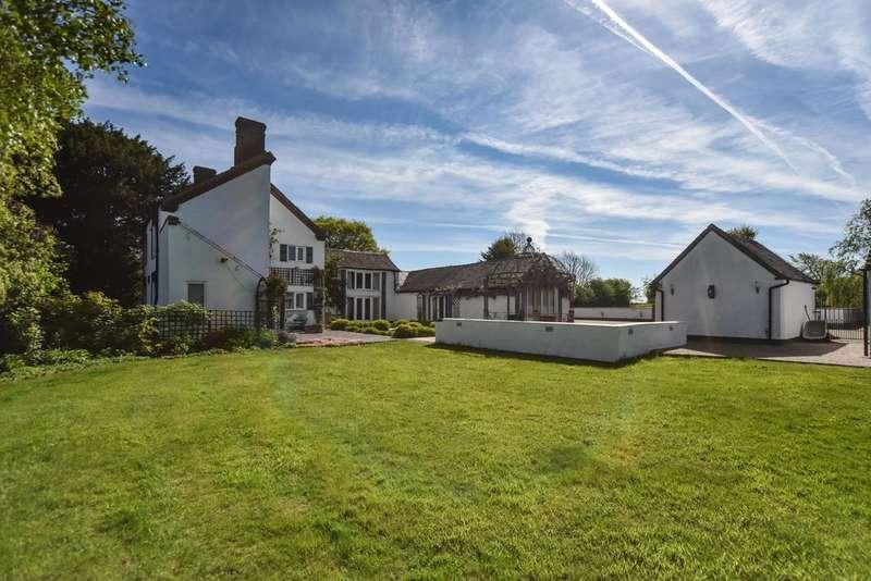 4 Bedrooms Detached House for sale in Derby Road, Ashbourne