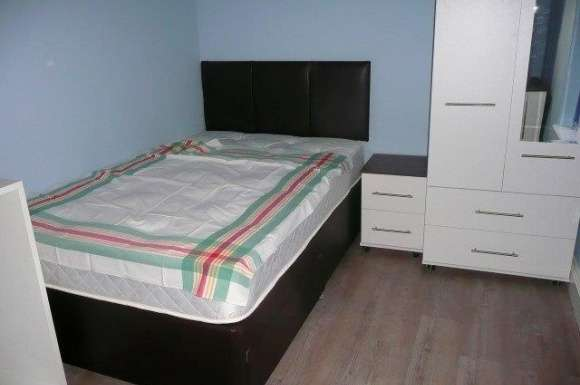 1 Bedroom Property for rent in Room let