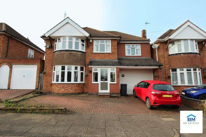 4 Bedrooms Detached House for sale in Frinton Avenue, Leicester, LE5