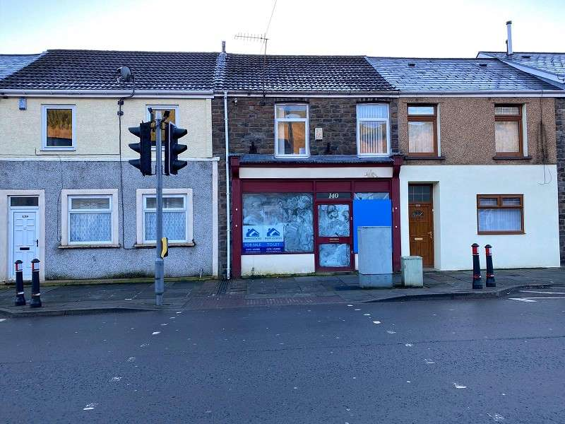 Shop Commercial for sale in Bute Street, Treherbert, Treorchy, Rhondda, Cynon, Taff. CF42
