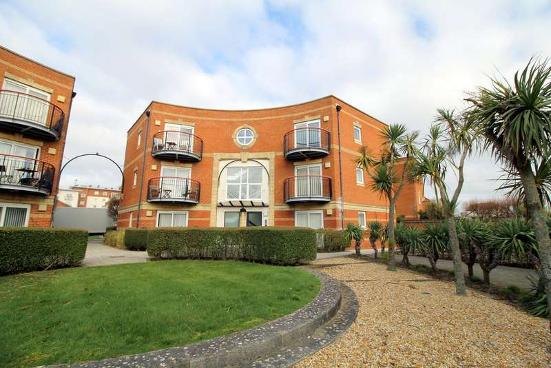 2 Bedrooms Apartment Flat for sale in Neptune Court, Gunwharf Quays PO1