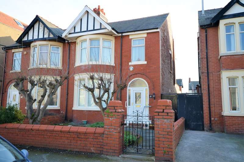 3 Bedrooms Semi Detached House for sale in Horncliffe Road, South Shore