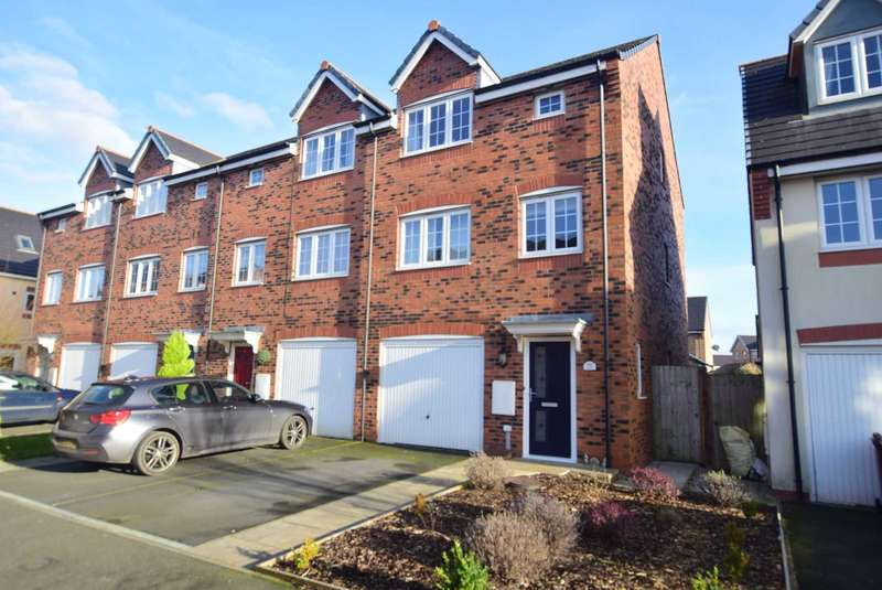 4 Bedrooms Town House for sale in Wesham Park Drive, Wesham, PR4 3ER