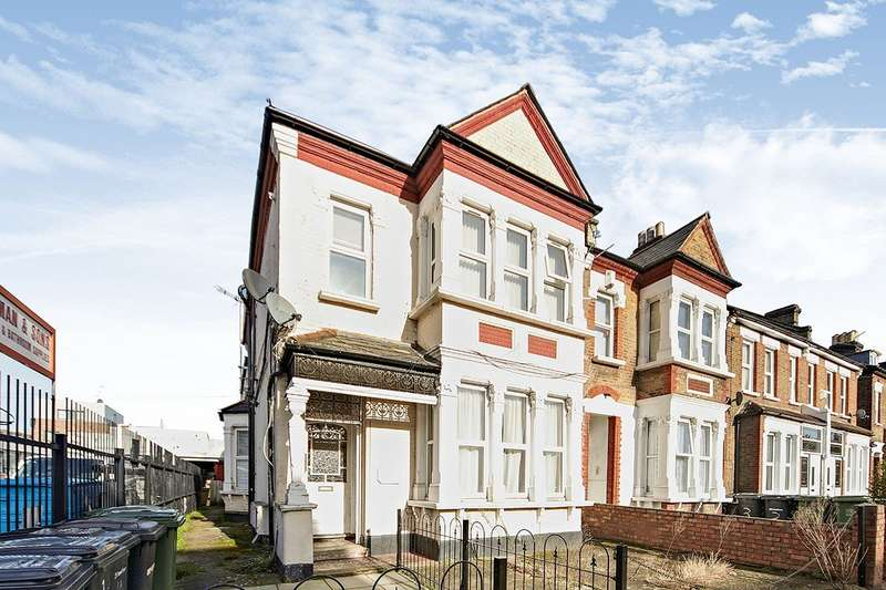 2 Bedrooms Apartment Flat for sale in Davenport Road, London, SE6
