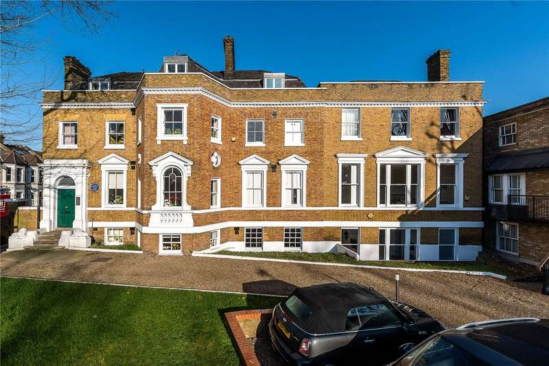 2 Bedrooms Flat for sale in Gilmore House, Clapham Common North Side, London, SW4