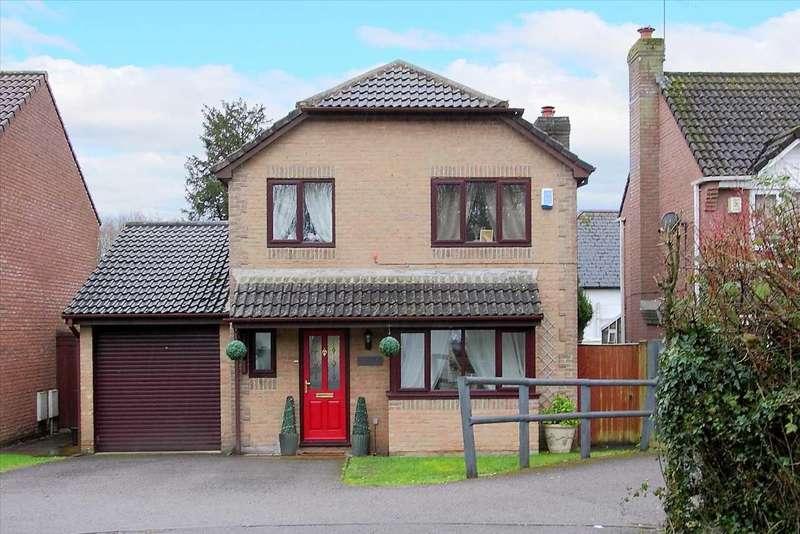 4 Bedrooms Detached House for sale in Manor Bridge Court, Tidworth
