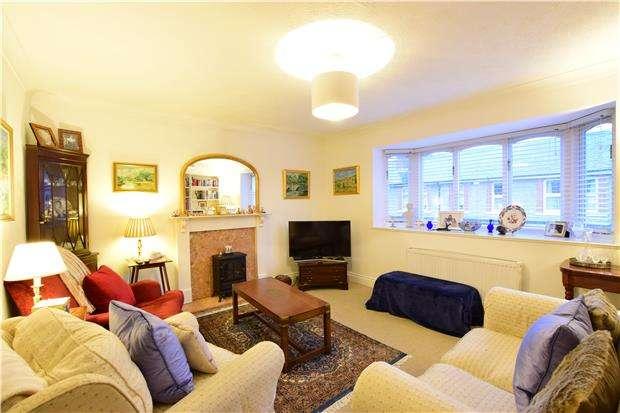 3 Bedrooms Semi Detached House for sale in Nelson Road, TUNBRIDGE WELLS, Kent, TN2 5AN