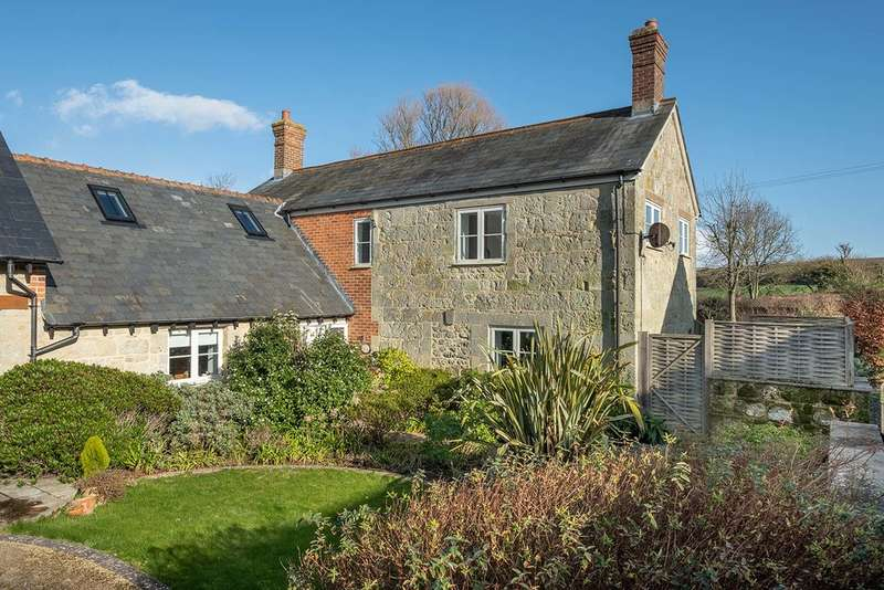 4 Bedrooms Semi Detached House for sale in Niton, Isle Of Wight