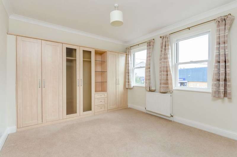 2 Bedrooms Mews House for sale in Grove Mews, Hammersmith, W6