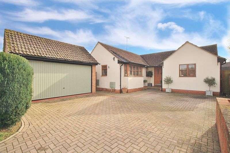 4 Bedrooms Property for sale in Bear Lane, North Moreton, North Moreton