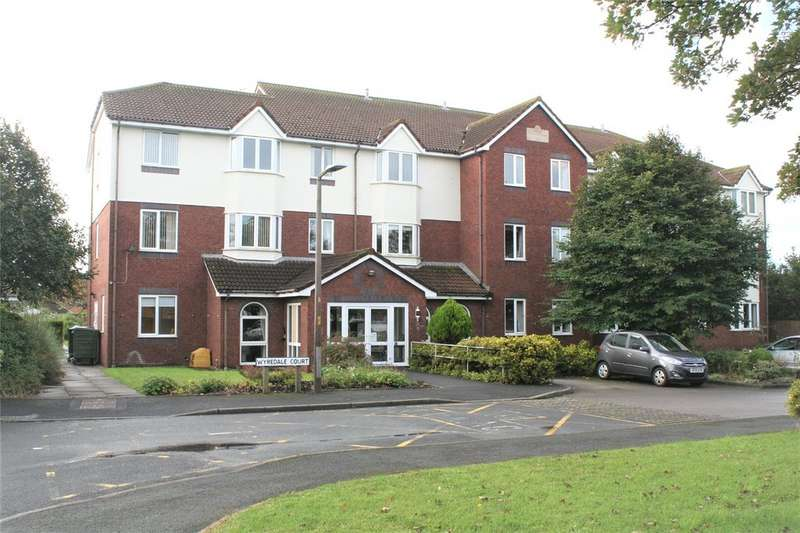 2 Bedrooms Apartment Flat for sale in wyredale court , harrow avenue FY7