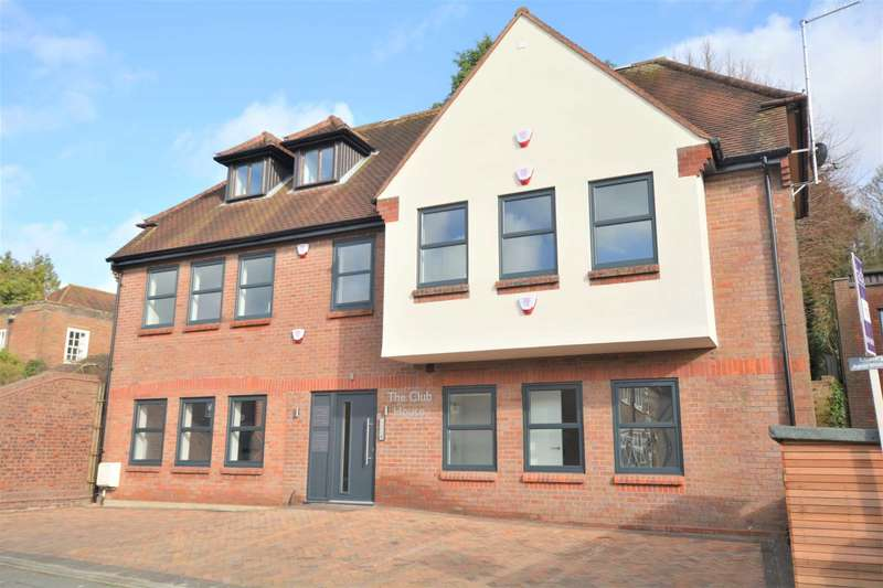 2 Bedrooms Apartment Flat for sale in East Street, Chesham