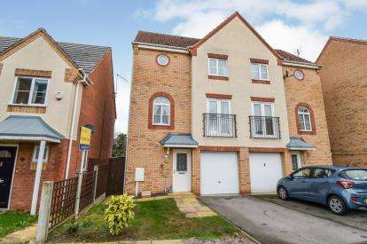 3 Bedrooms Semi Detached House for sale in Thistley Close, Braunstone, Leicester, Leicestershire