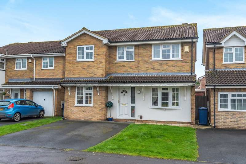 4 Bedrooms Detached House for sale in Churchdown