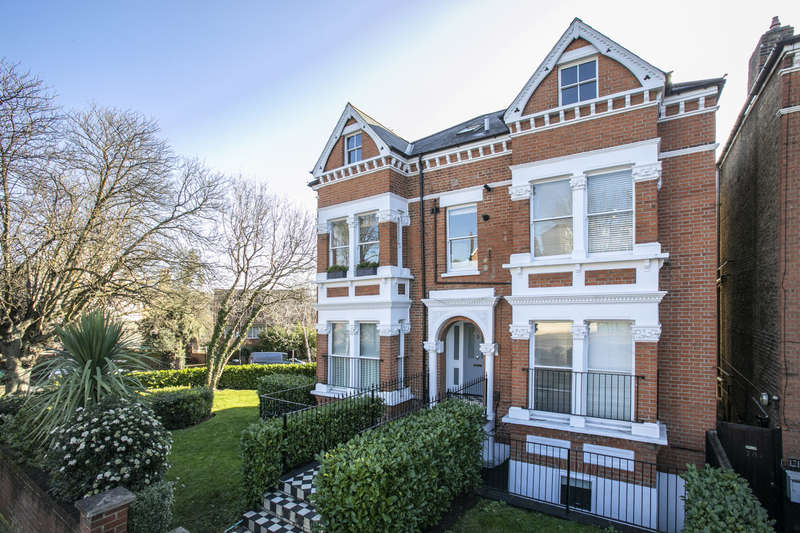 2 Bedrooms Apartment Flat for sale in Thurlow Park Road, West Dulwich, London