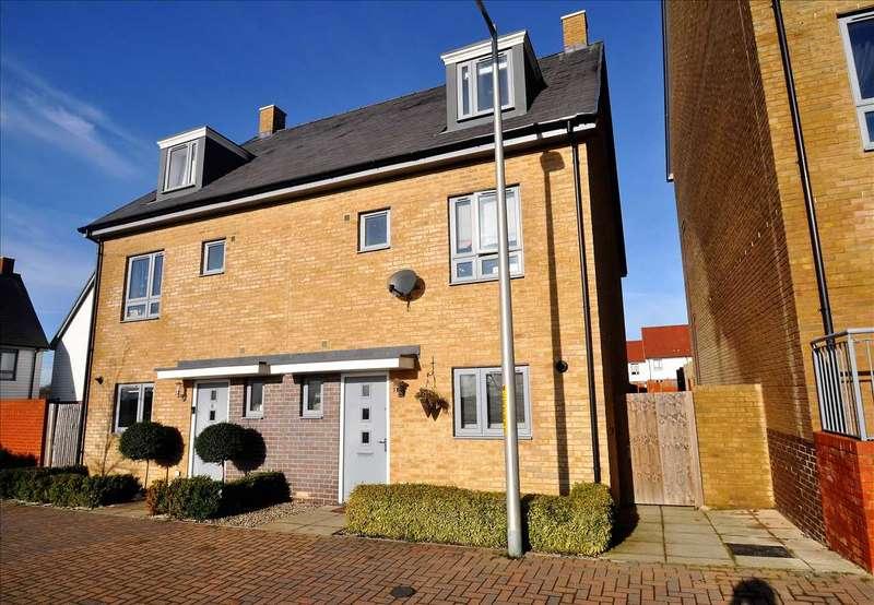 4 Bedrooms Semi Detached House for sale in Laurens Van Der Post Way, Ashford, TN23