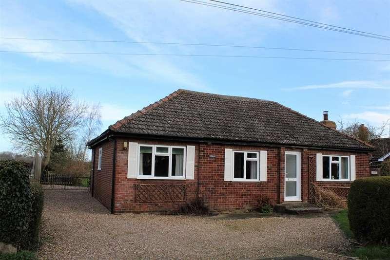 3 Bedrooms Detached Bungalow for sale in West Lane, Haltham, Horncastle, LN9 6JG
