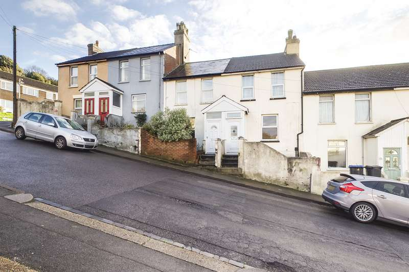3 Bedrooms Terraced House for sale in Maxton Road, Dover CT17