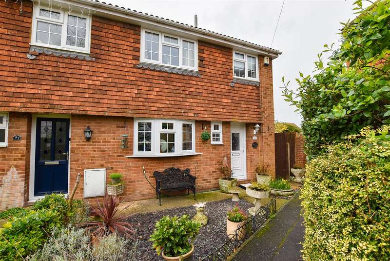 3 Bedrooms Semi Detached House for sale in High Street, Wouldham