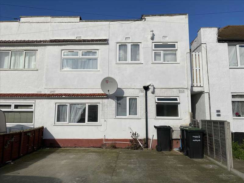 2 Bedrooms Apartment Flat for sale in St Marks Avenue, Northfleet, Gravesend