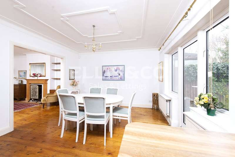 3 Bedrooms Property for sale in Greenfield Gardens, London