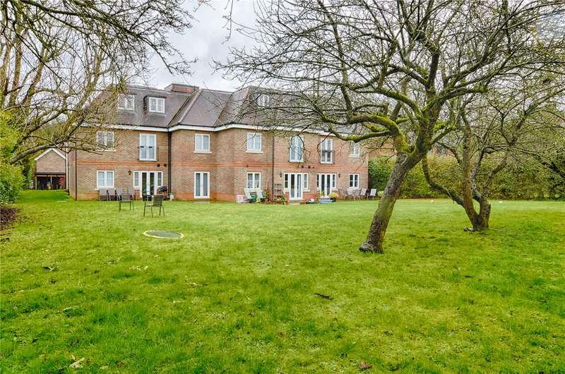 2 Bedrooms Apartment Flat for sale in Bishops Stortford