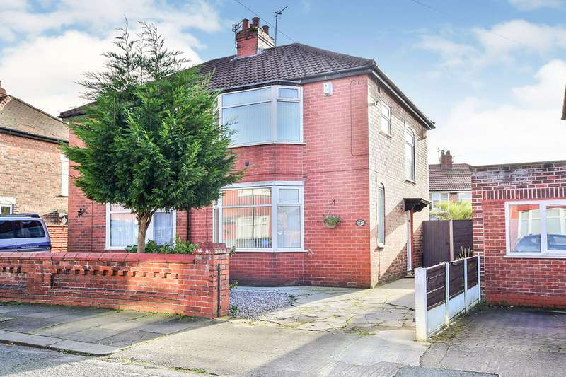 2 Bedrooms Semi Detached House for sale in Stuart Road, Stretford, Manchester, Greater Manchester, M32