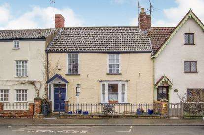 3 Bedrooms Terraced House for sale in Salter Street, Berkeley, Gloucestershire, Na