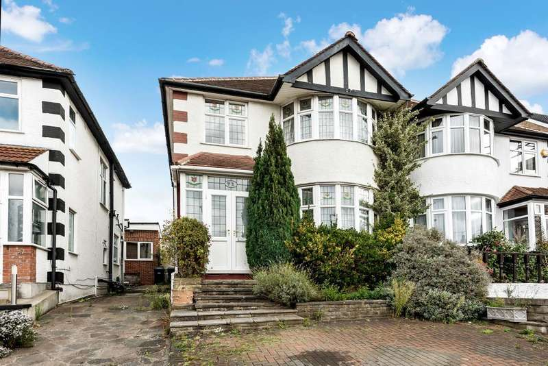 3 Bedrooms Semi Detached House for sale in Southfields, NW4
