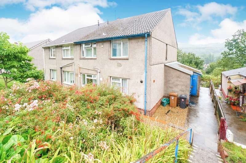 2 Bedrooms Flat for sale in Channel View, Risca, Newport, NP11