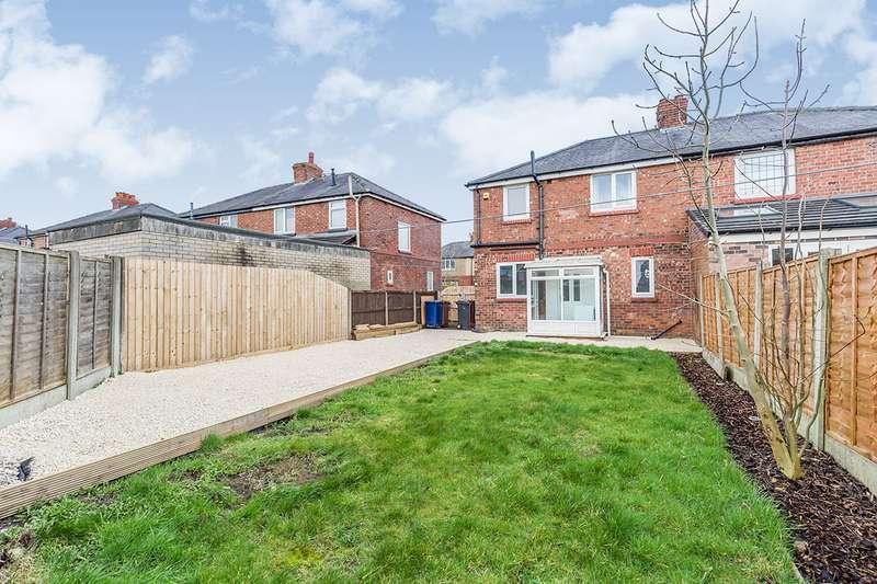 3 Bedrooms Semi Detached House for sale in Denford Avenue, Leyland, Lancashire, PR25