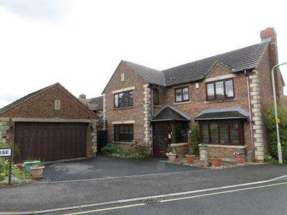 4 Bedrooms Detached House for sale in Fareham, Hants