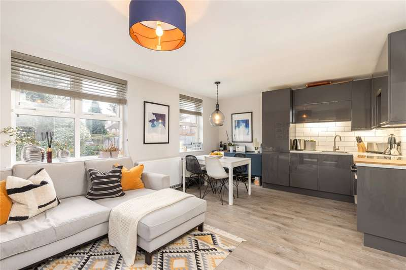 2 Bedrooms Flat for sale in Whitfield Court, 508 Kingston Road, Wimbledon, London, SW20