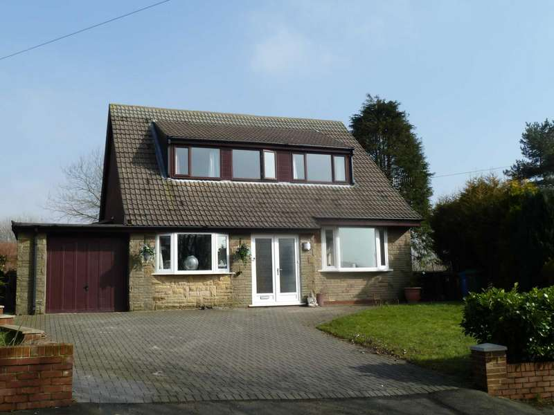 4 Bedrooms Detached House for sale in Ainley Wood, Delph, Saddleworth, OL3
