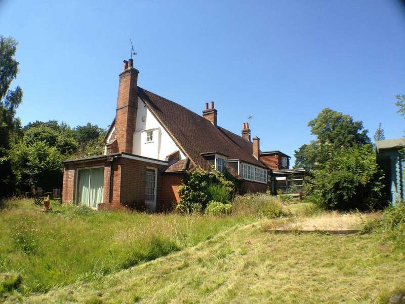 1 Bedroom House for rent in Handfords Lane, Yateley