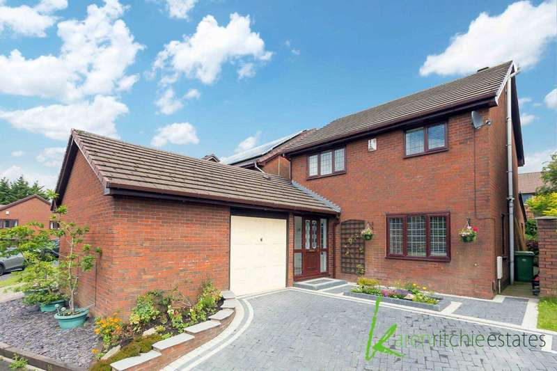 4 Bedrooms Detached House for sale in Allesley Close, Bolton