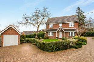 4 Bedrooms Detached House for sale in Quarry Bank, Tonbridge, Kent, .