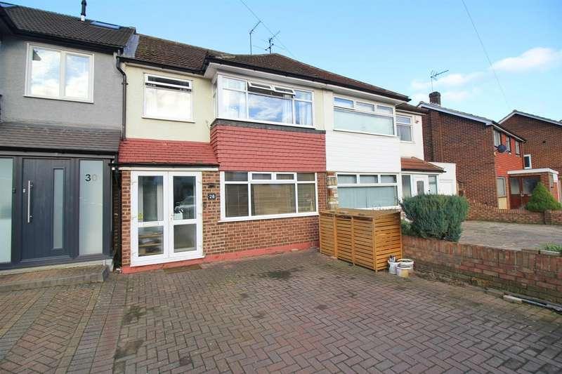 3 Bedrooms Terraced House for sale in Longfield Lane, West Cheshunt, Herts, EN7