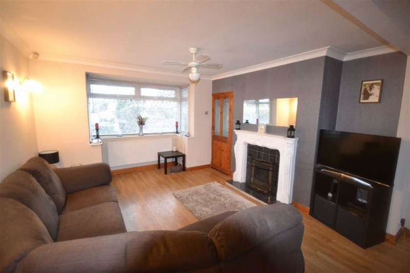3 Bedrooms Town House for sale in Blenmar Close, Manchester, M26
