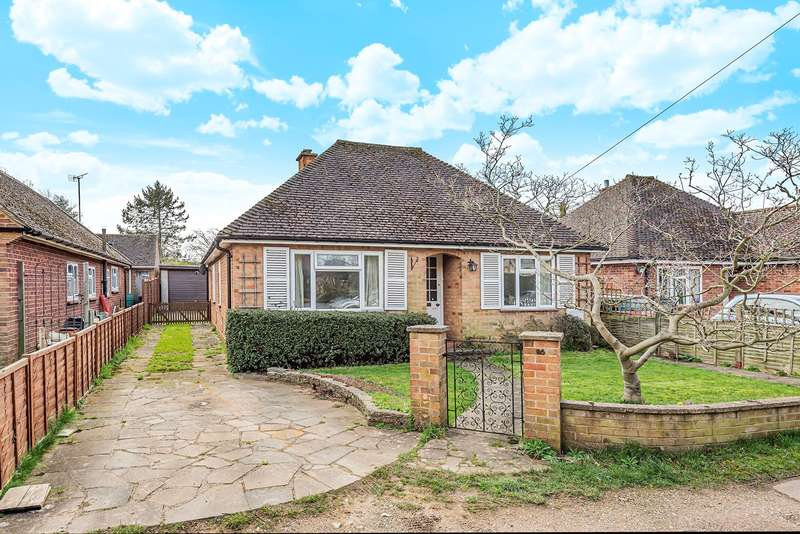 3 Bedrooms Detached Bungalow for sale in Waterdell Lane, St Ippolyts, Hitchin, SG4