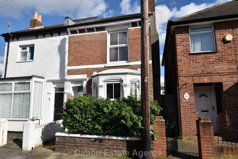 2 Bedrooms Semi Detached House for sale in Blake Road, Gosport