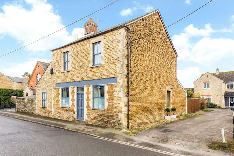 4 Bedrooms Detached House for sale in High Street, Croughton, Brackley, Northamptonshire, NN13