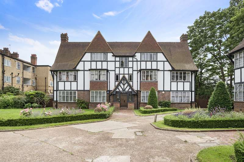 3 Bedrooms Apartment Flat for sale in Monks Drive, London, W3
