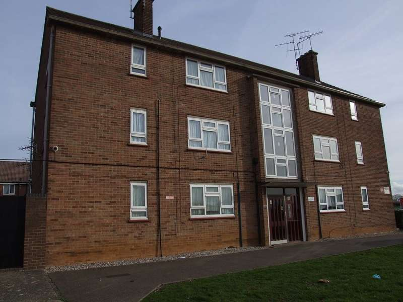 2 Bedrooms Flat for rent in Trent Avenue, Chelmsford, Essex, CM2 1LQ