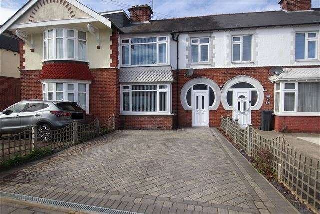 3 Bedrooms Terraced House for sale in Highbury Grove, Portsmouth, Hampshire, PO6 2RX