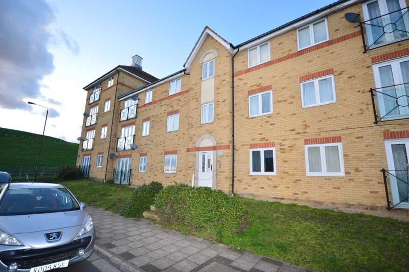 2 Bedrooms Flat for sale in Hillview Drive, London