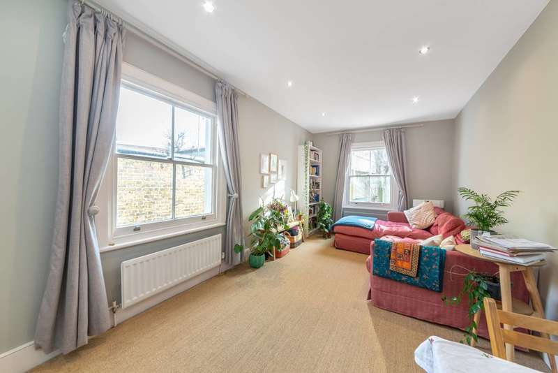 2 Bedrooms Flat for sale in Gascony Avenue, West Hampstead, NW6