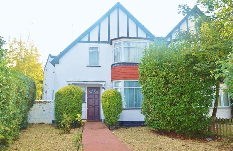 4 Bedrooms Semi Detached House for sale in THE VALE, GOLDERS GREEN, LONDON, NW11