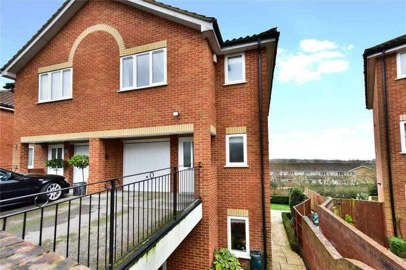 4 Bedrooms Semi Detached House for sale in Hazelbank, Croxley Green, Hertfordshire, WD3